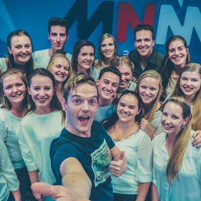 Studio 100 koor brengt Justin Bieber cover op MNM