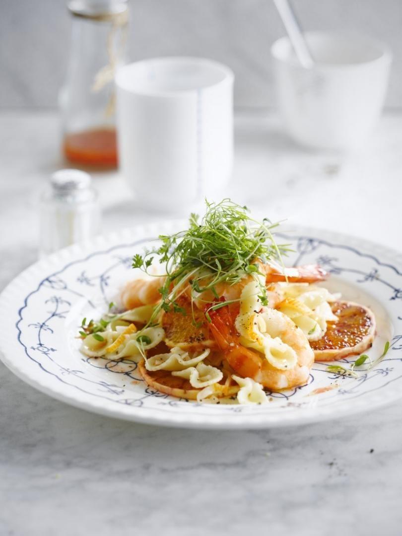 Zeevruchten/ Schaaldieren/ Schelpdierenpasta met appelsien & tuinkruiden