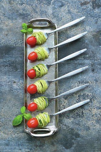 Pesto courgetti op een vork