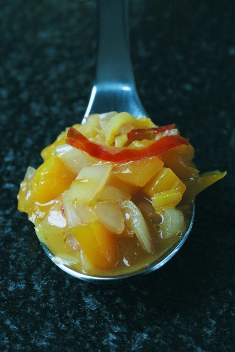 Mango witlof chutney