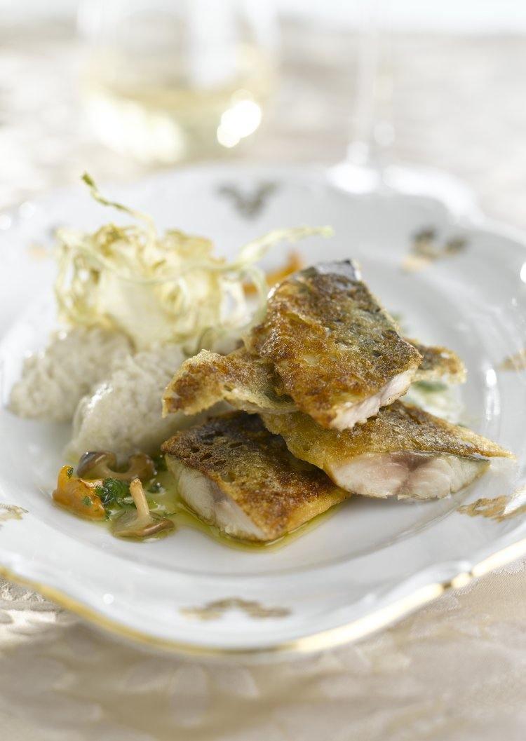 Makreelfilet met ketjapkorstje en puree van aardpeer