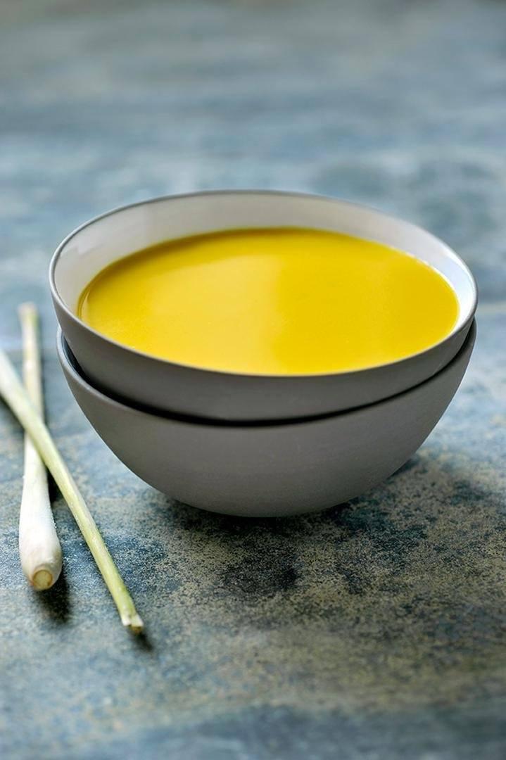 Thaise currysoep met citroengras en gember