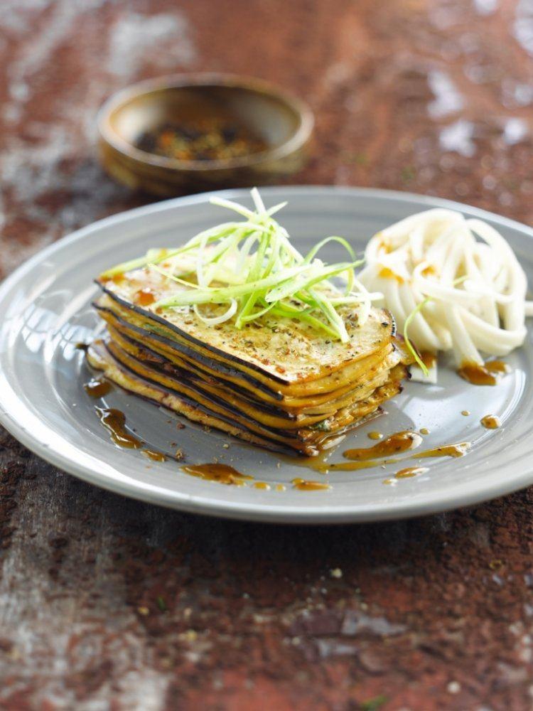Millefeuille van aubergine en tofu