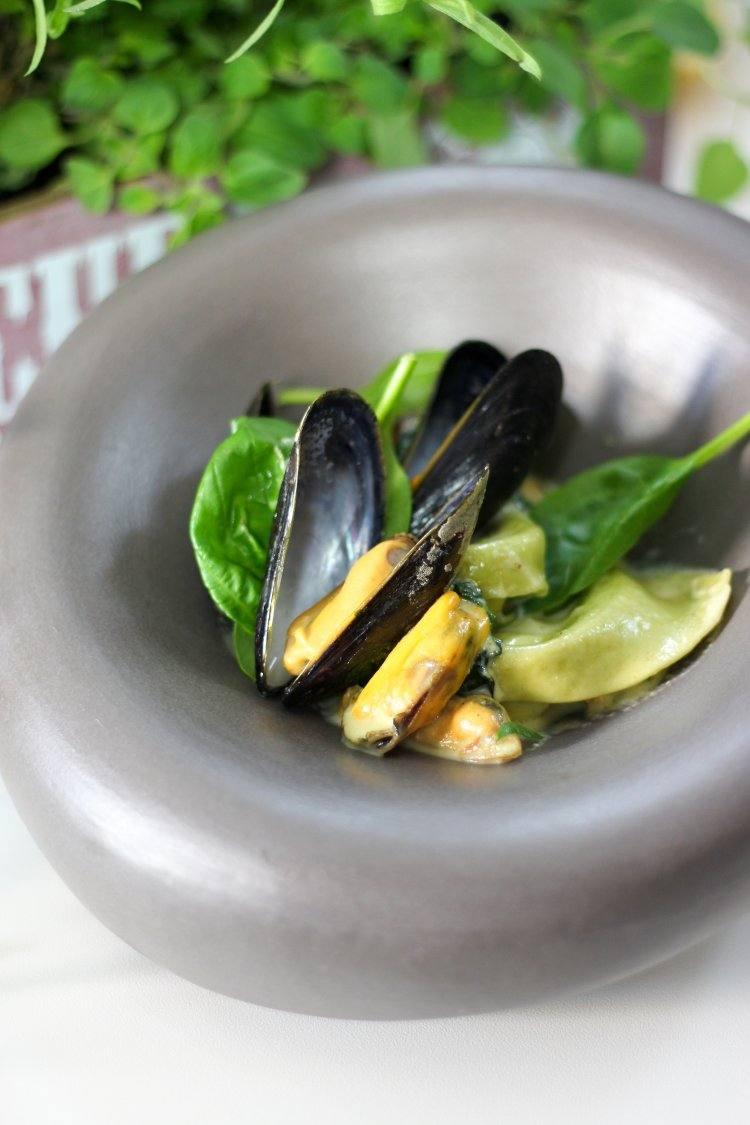 Ravioli met mosselen en spinazie