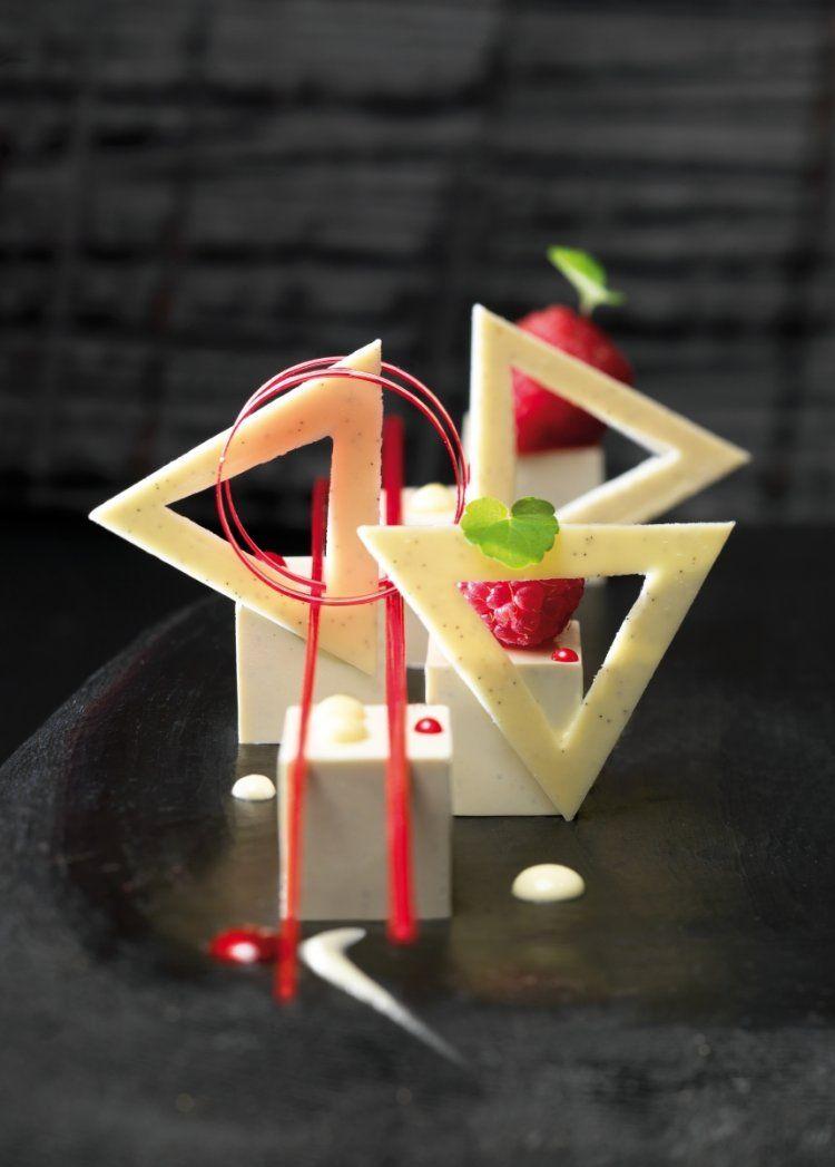 Panna cotta met frambozencoulis