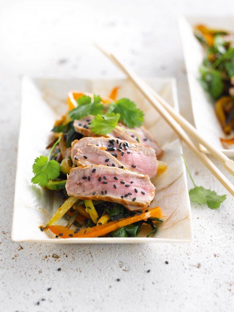 Oosterse wok met rundsvlees