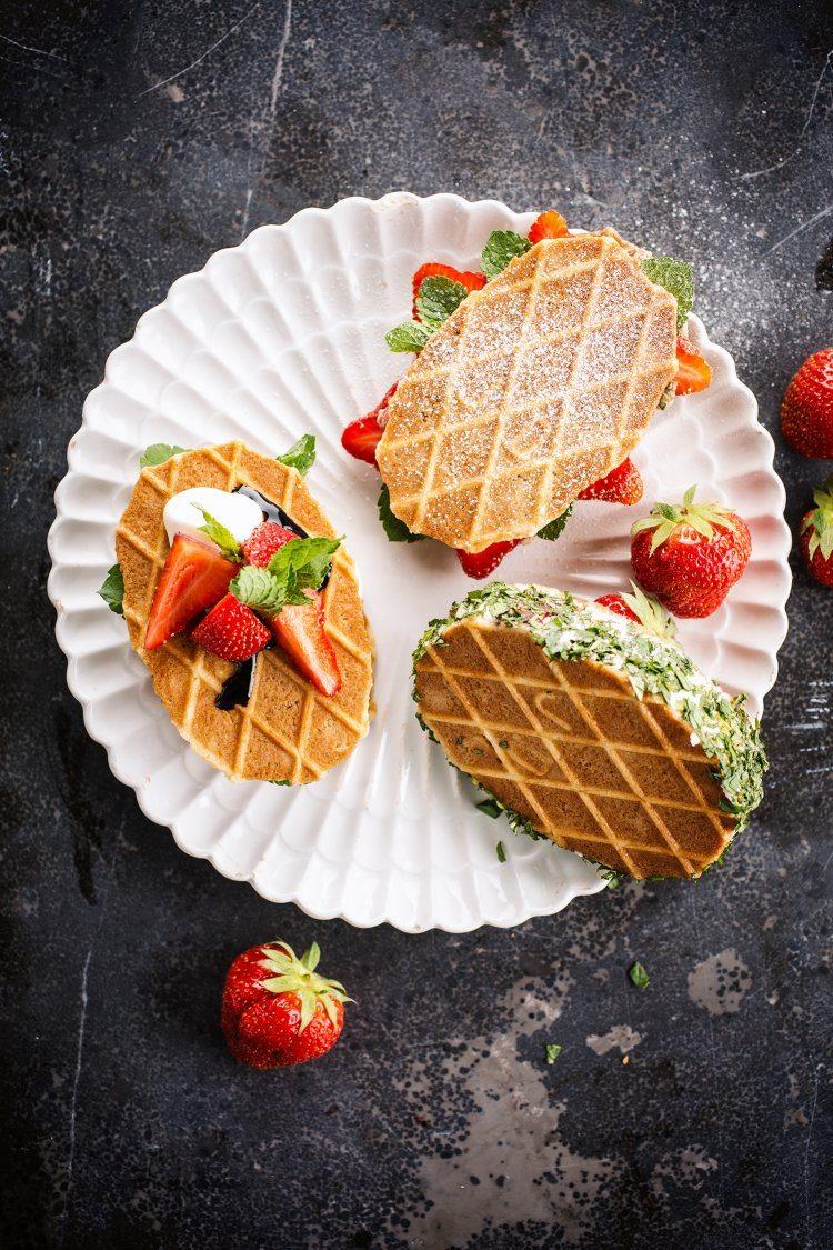Dessertcroque met aardbeien