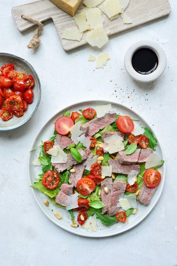 Salade met tagliata van rundsvlees