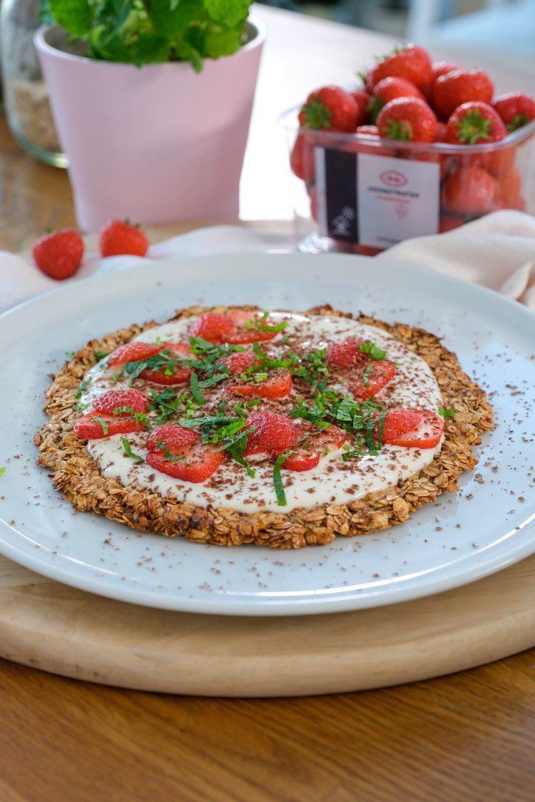 Ontbijtpizza met aardbeien