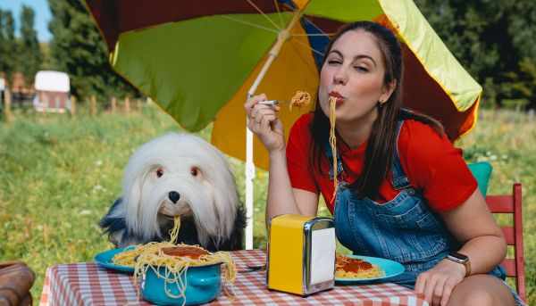 Win een plekje aan de langste spaghettitafel van Samson & Marie in Plopsaland