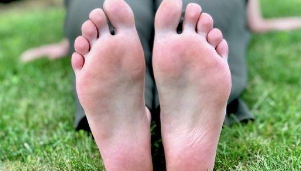 Spelletjes op je blote voeten