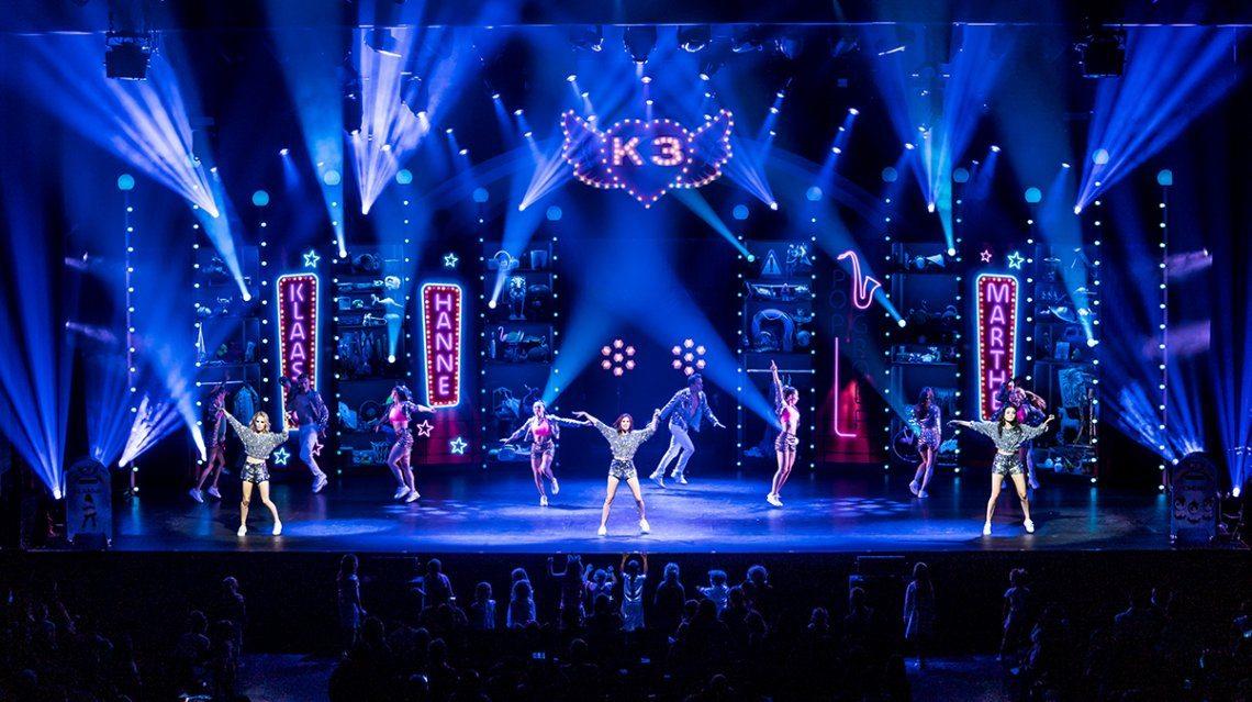 Feestelijk afscheid van Klaasje in nieuwe K3 Show!